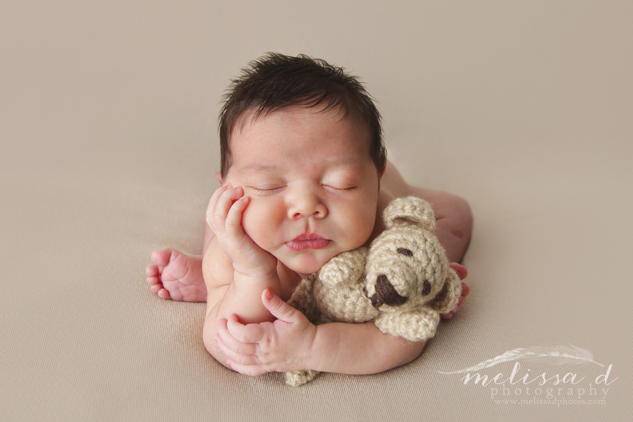 Fort Worth Newborn Photographer froggy pose bear lovey
