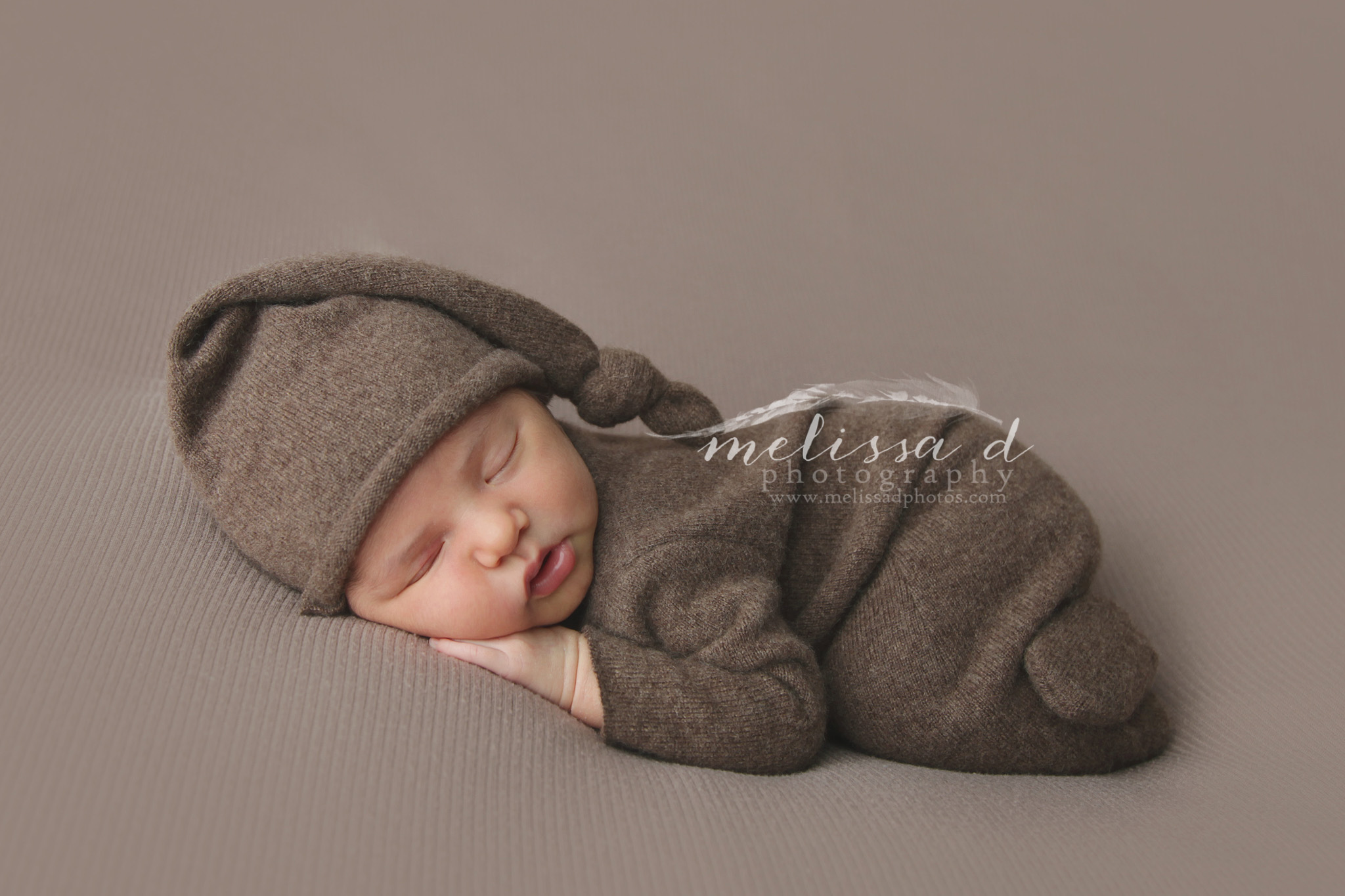 Fort Worth Newborn Photographer newborn outfit