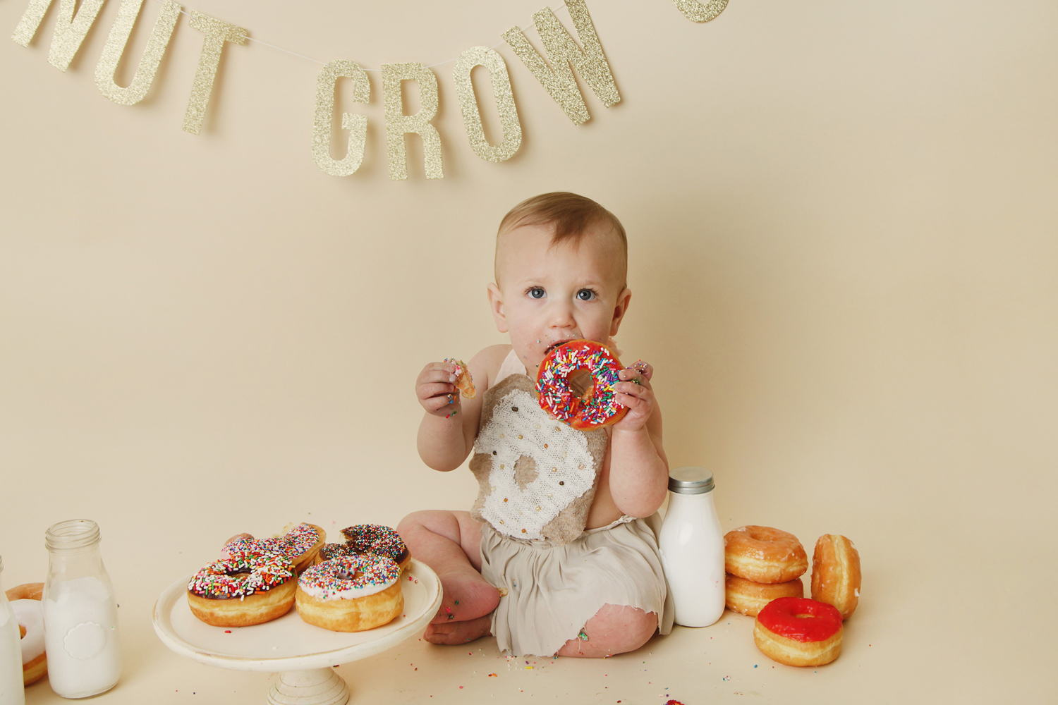 Fort Worth Baby Photographer donut smash