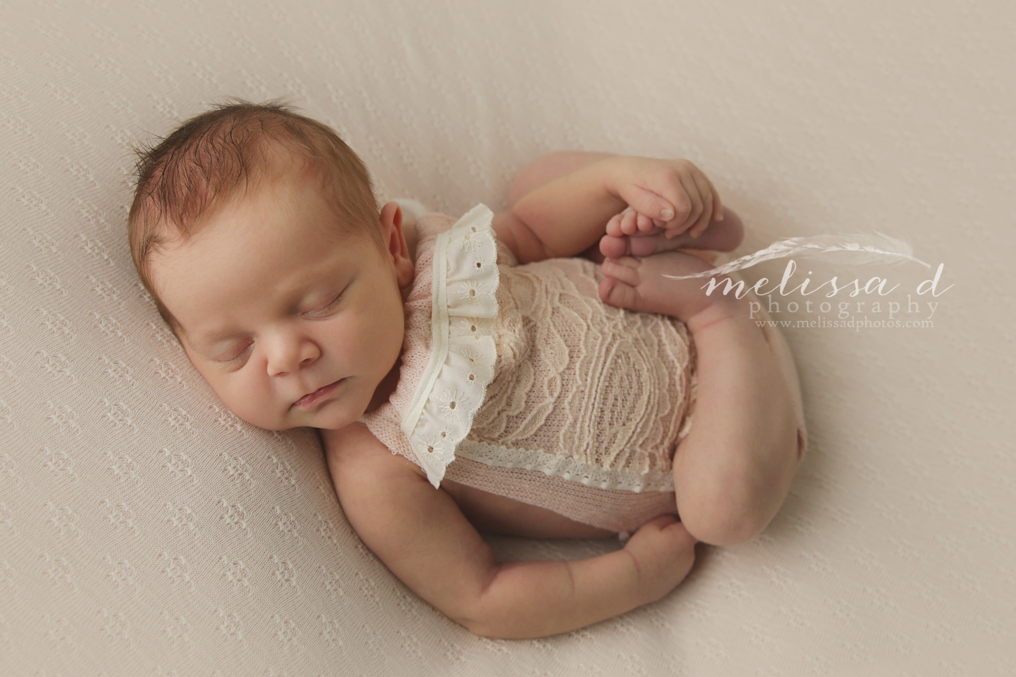 DFW Newborn Photographer outfit