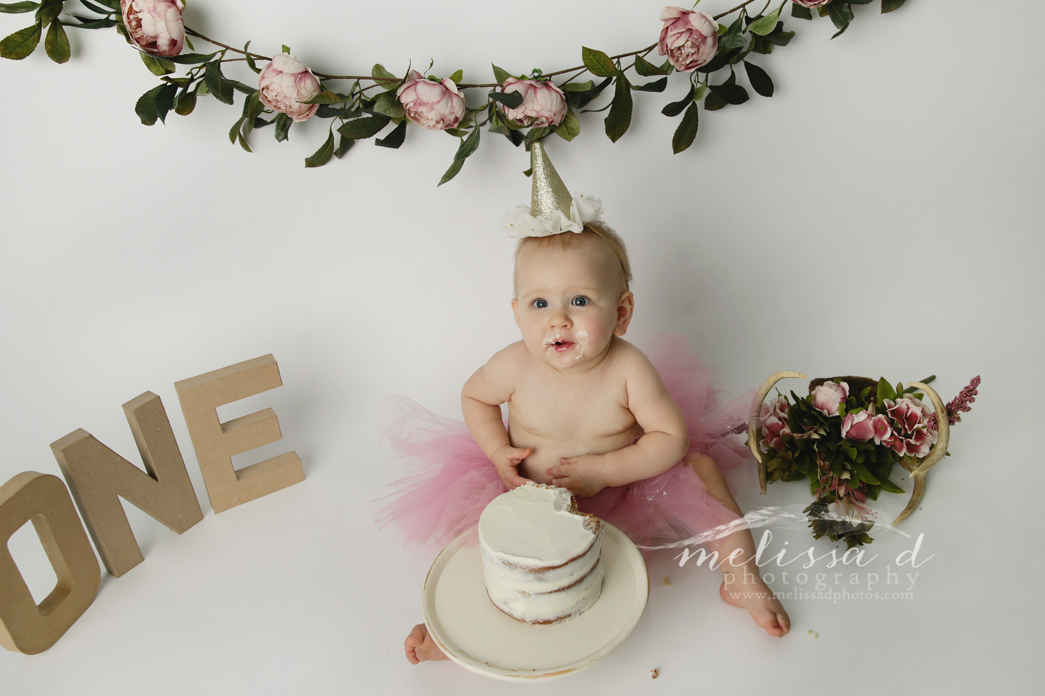 Fort Worth Baby Photographer cake smash floral